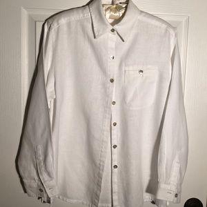 Studio works white shirt Size small.  D5